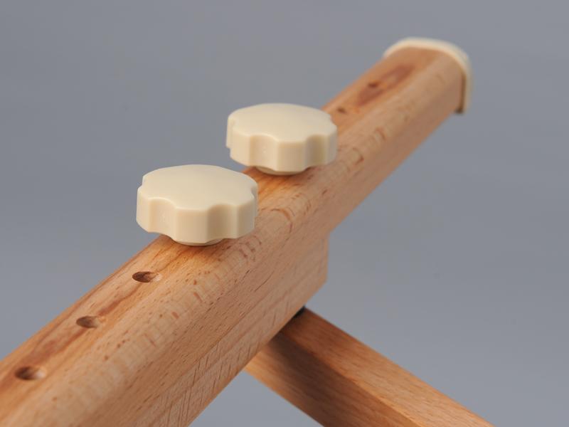 skladaci-masázny-stol-dreveny-aveno-life-aura-nohy